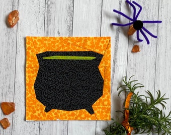 Halloween Cauldron Paper Pieced Quilt Block Pattern.