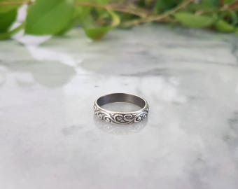 Sterling Silver floral stacking ring band