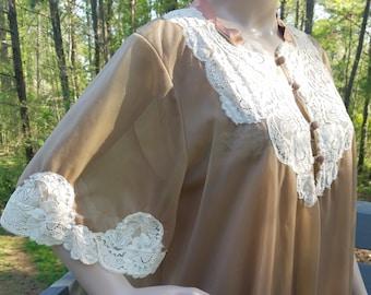 1960s nightgown+peignoir//Hollywood Vassarette Nightgown and Peignoir Set//vintage 60s nightgown +peignoir