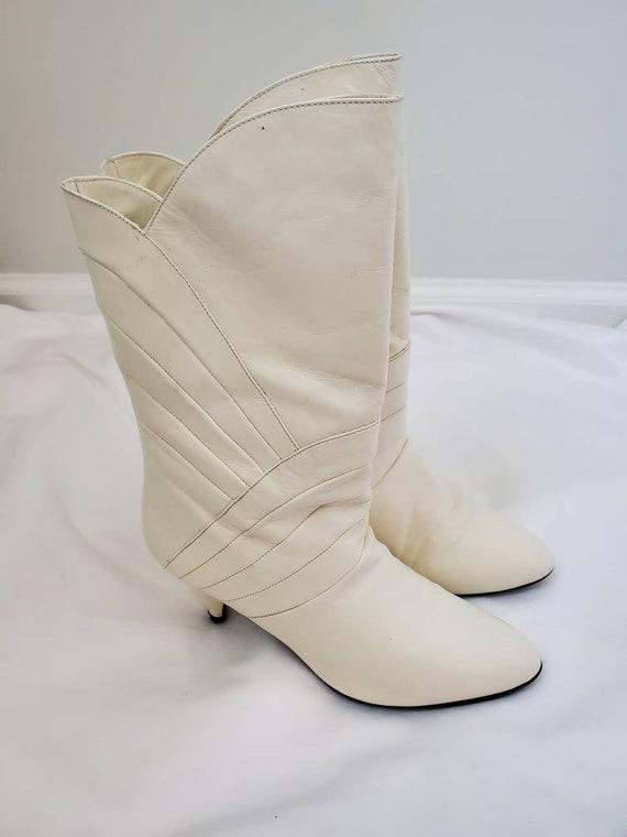 1980s Gloria Vanderbilt white vintage 80s boots - image 4