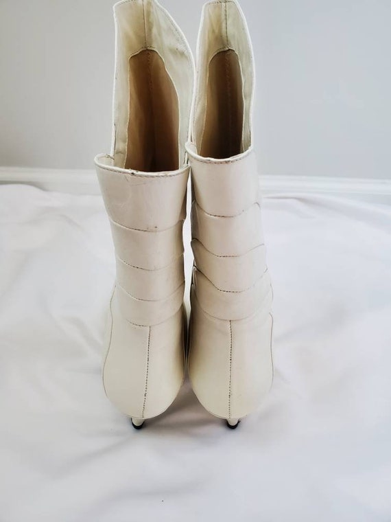 1980s Gloria Vanderbilt white vintage 80s boots - image 6