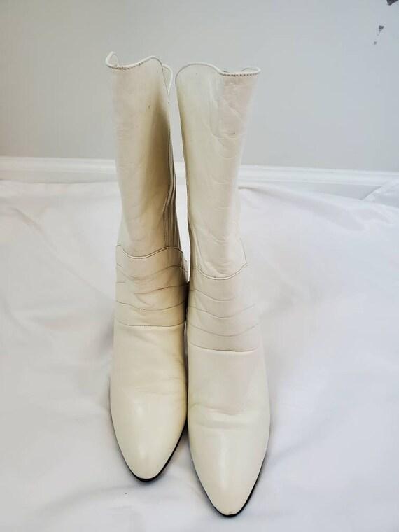 1980s Gloria Vanderbilt white vintage 80s boots - image 5