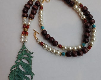 Beaded Necklace with Patina Feather-Sandy