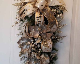 Christmas Gold & Beige Magnolia Swag, Wall or Table Christmas Decoration, Christmas Holiday Décor