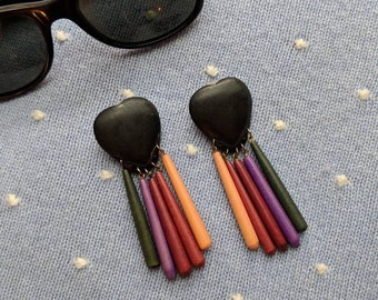 1981 Black Wooden Heart Rainbow Drop Earrings/I Love The 80's/Vintage Shop/Vintage Jewelry/80'S Just/Shop Vintage