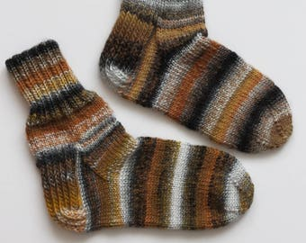 Hand-knitted Wool Socks DIFFERENT II By VidaFelt - Size 39-40 - Free Shipping!