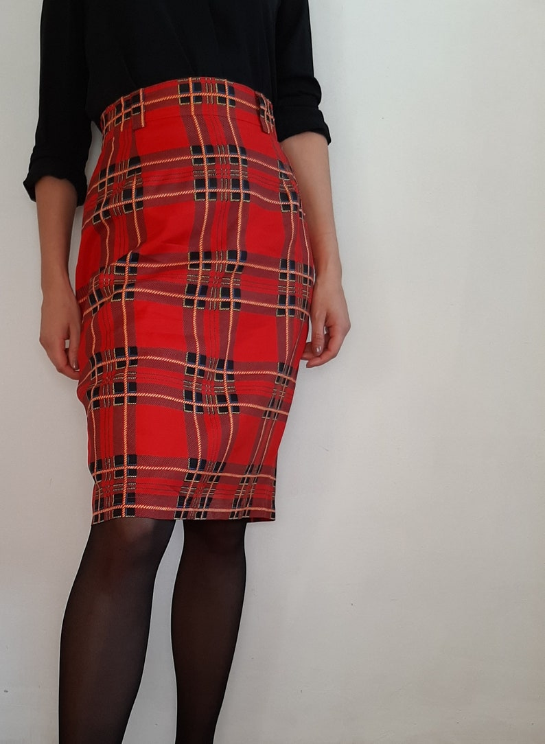 size small check skirt Vintage plaid tartan print pencil skirt