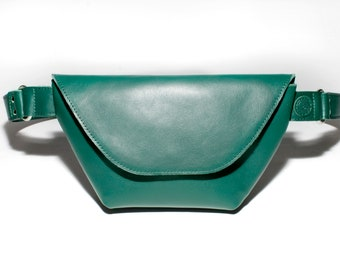Fanny pack leather green