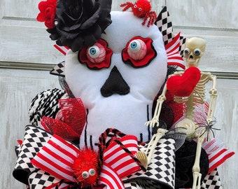 Halloween Wreaths, Skeleton Wreath, Halloween Decorations, Wreath Fall, Fall Wreath For Door, Fall Home Decor, Skull Wreath, Halloween Door