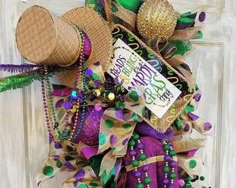 Mardi Gras Wreath For Front Door, Mardi Gras Swag, Mardi Gras Door Hanger, Mardi Gras Decorations, Carnival Jester Swag, Jester Wreath