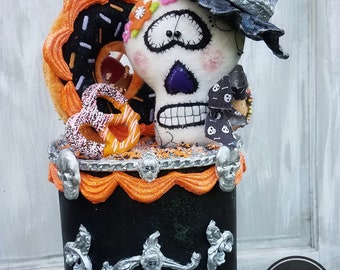 Halloween Cake, Halloween Fake Bake, Halloween Prop, Skeleton Cake, Halloween Decor, Halloween Centerpiece, Halloween Party, Faux Cake