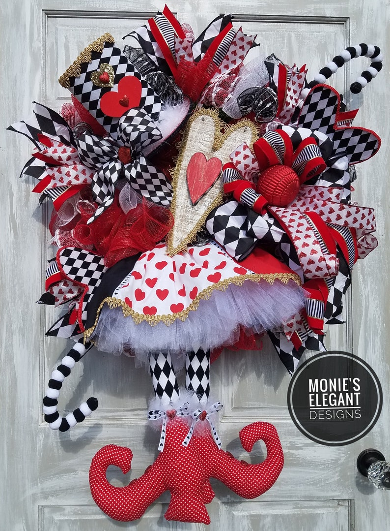 Valentines Wreath Valentine Decor Queen of Hearts Wreath image 0