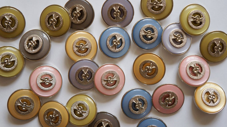 shank buttons mix creative elegant multicolor MEDIUM pastels 50 pieces  buttons for decoration to sew sweet cute buttons mix