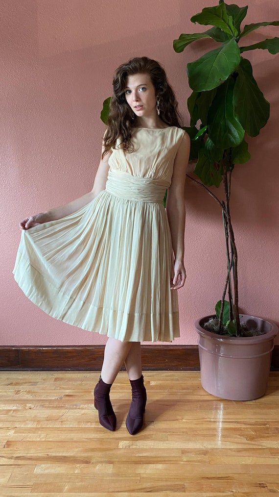 Vintage 1950's Cream Chiffon Dress // Party Dress… - image 5
