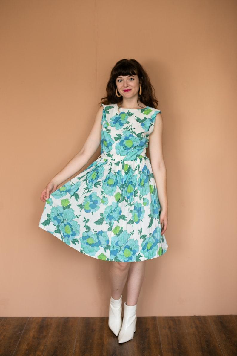 50s Floral Cocktail Dress  Full Skirt Pleated Day Dress  Sun Dress Green Blue Floral Print Dress 28 inch Waist