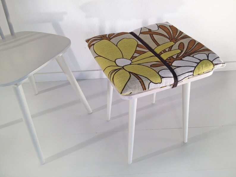 50s 60s redesign stool fLOW MID CENTURY. Vintage. Flower. image 0