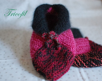 Red and black booties hand knitted mens