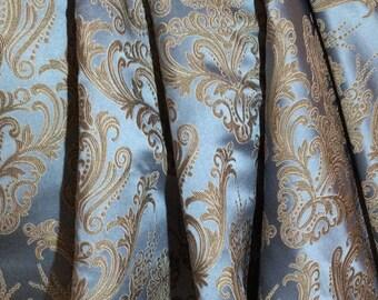 Jacquard Royal 260 x 140 cm light blue/nude furnishing fabric