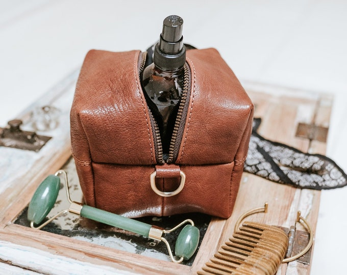 Leather Dopp Kit MINI Toiletry Bag Leather pouch Travel Bag Cord organizer Cosmetic bag Makeup Bag Organizer Pen Pencil holder Gift