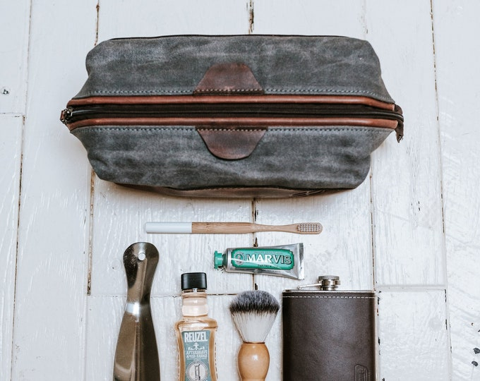 Leather & Waxed Canvas Dopp Kit - Adonis