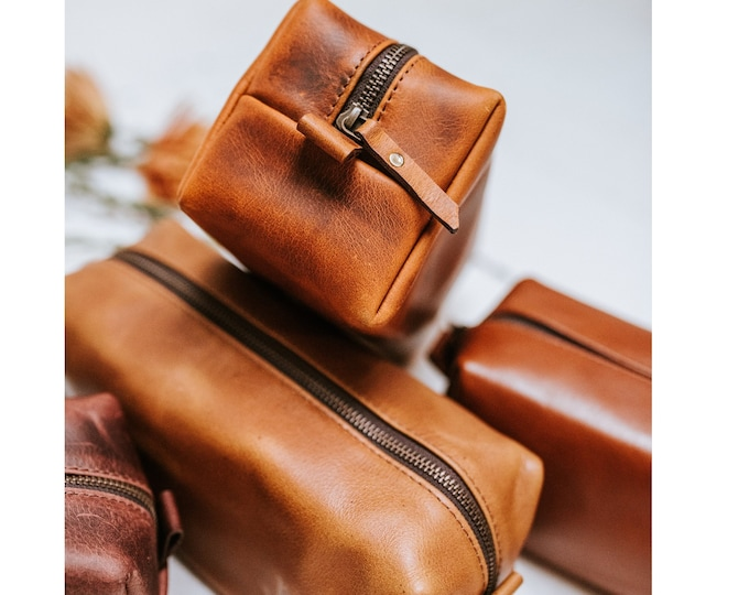 Leather Dopp Kit Mother's Gift Groomsmen Gift Customize Leather Toiletry Bag Men's Leather Third Anniversary Gift Leather Gift