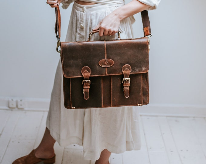 Vintage leather office bag