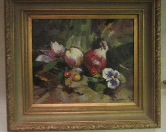 ORIGINAL STILL LIFE in Oil on Canvas, signed W. Hommetz,framed in gold wood frame,Excellent!