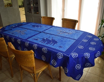 Tablecloth with matching batik napkins 8 covers