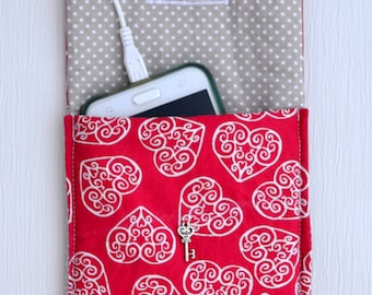 Pocket for cell phone hearts