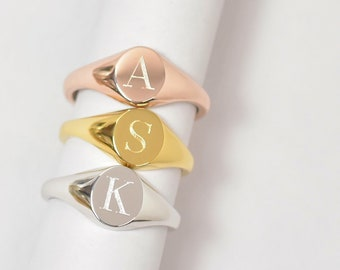 0070c307a Signet Initial Ring • Personalized Signet Ring • Initial Ring • Statement  ring • Engraved Signet Ring • Gift for Her•Bridesmaids Gift • RTRE
