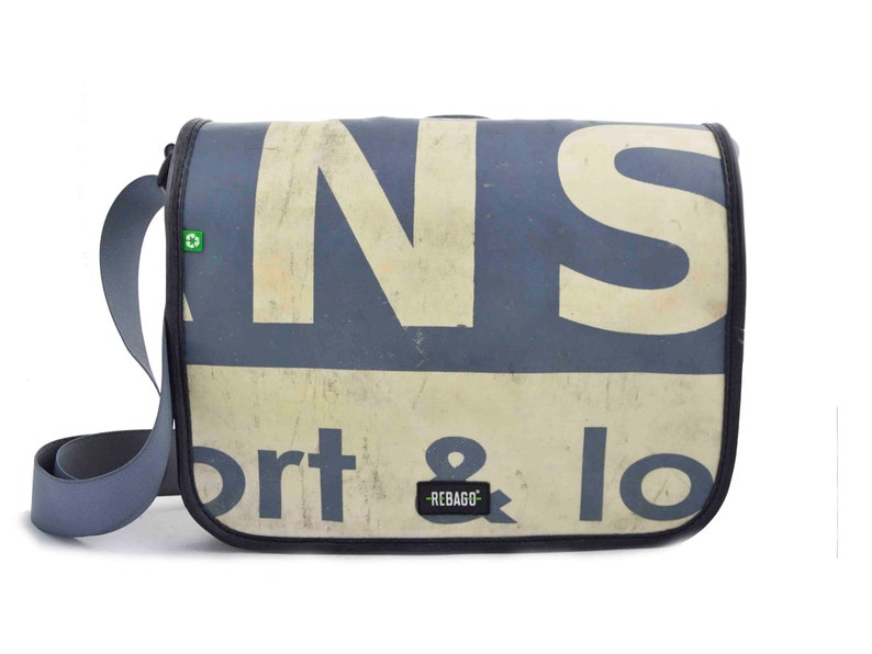 f1b44006be881 Recycling-Upcycling plane LKW Plane LKW Abdeckung Tasche Gurt