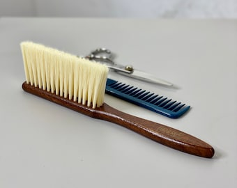 Hairdressers Neck Brush / Wooden / Barbers / Hair Tool