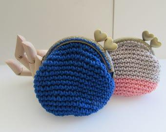 Crochet coin purse, bag, pouch with a metal 8.5cm kiss lock frame