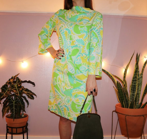 Vintage 70's Groovy Paisley Cropped Sleeve Dress