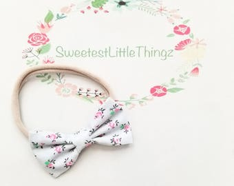 Gray with pink flowers baby bow