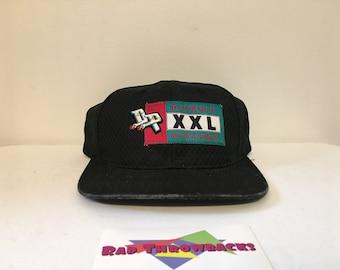 c9f3ac3f183 Vintage 1990s NBA Detroit Pistons Black Sports Specialties Mesh Snapback Hat