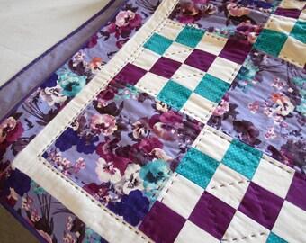 Sixteen-Patch Floral Lap Quilt