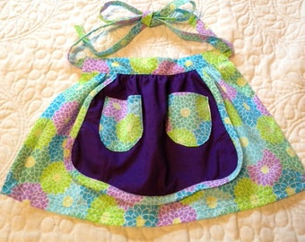 Childrens Apron Size 3/4