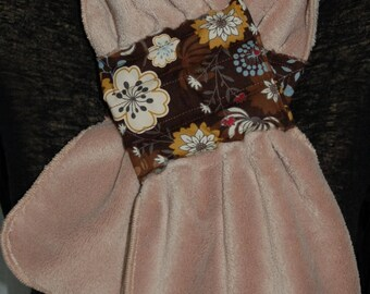 Ultra soft beige and Brown with magnetic closure 122 scarf
