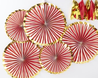Gold Foiled Pinstripe Candy Fan Decorations - Red & Gold