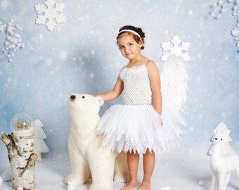 Knotted tulle and feathers for girl Angel Tutu dress