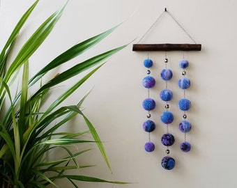 Pompom wall hanging, wall hanging, pompon decor, wall decor, pompom mobile, mini wall hanging.