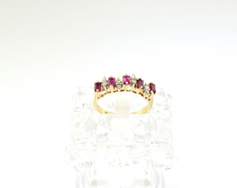 14k Diamond And Ruby Ring. Size 5.5
