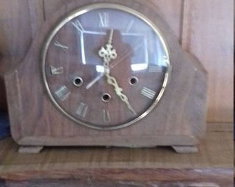 UPCYCLED CLOCK