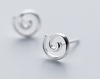 silver earrings, stud earrings, circle earrings, adorable design, tiny small earrings, delicate earrings, everyday, gifts for her, unique