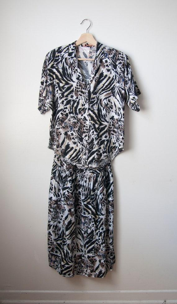 Two piece skirt set // Tiger print // Rayon - image 2