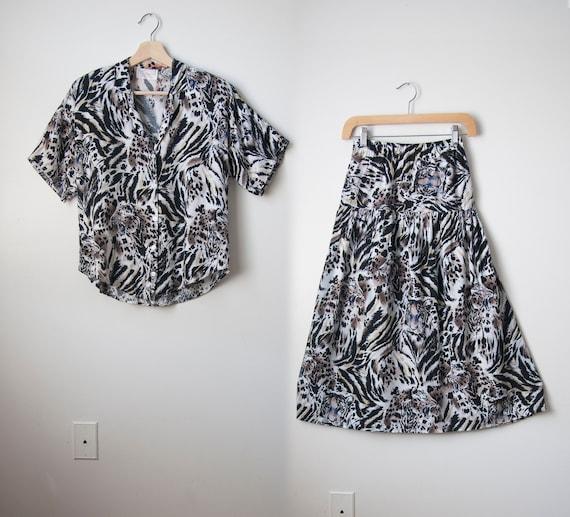 Two piece skirt set // Tiger print // Rayon