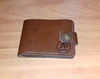 Handmade leather wallet. Wallet. Dad's gift. Genuine leather. Manual work. What a gift. Handmade leather wallet. Conveniently.