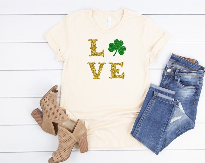 Love Glitter shamrock Shirt, Womens Graphic Tee, St Patricks Day Tshirt Women