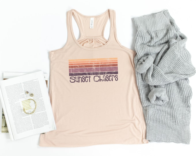 Sunset Chasers Tank, Vintage Tank, Summer Time, Womens Graphic Tee